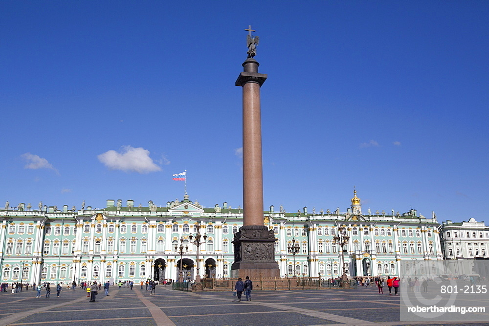 Alexander Column on Palace Square, State Hermitage Museum (Winter Palace) in the background, UNESCO World Heritage Site, St. Petersburg, Russia, Europe