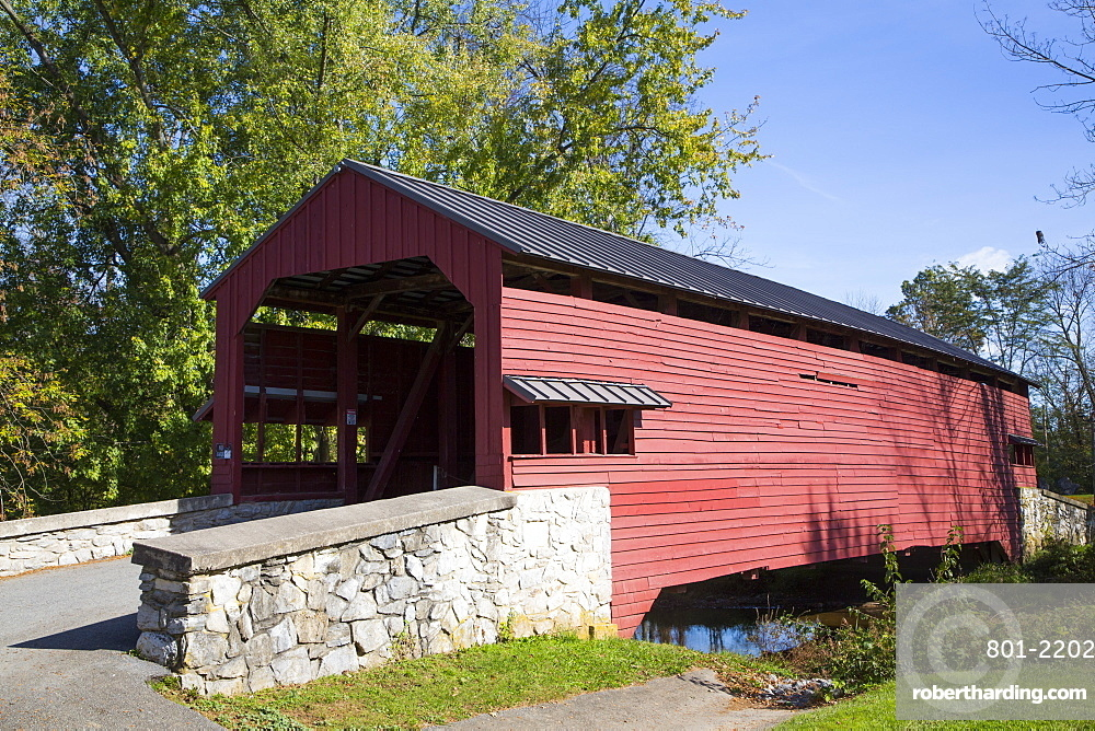 Shearer's Covered Bridge, built 1847, Lancaster County, Pennsylvania, United States of America, North America