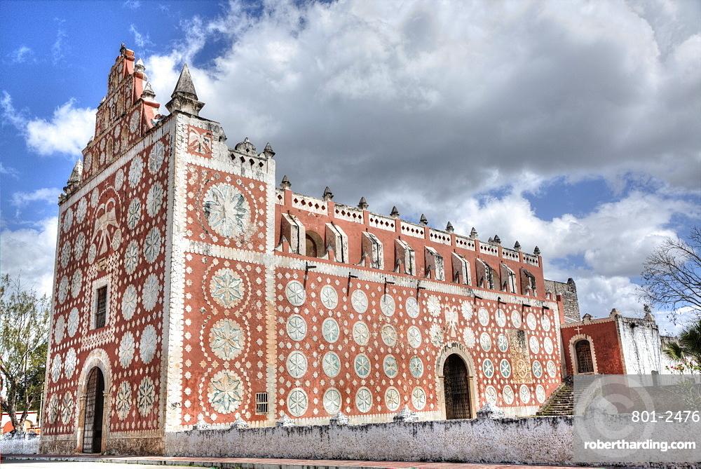 Ex-Convent of Santo Domingo, founded in 1646, Uayma, Yucatan, Mexico, North America