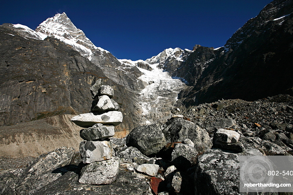 Mountain landscape with cairn, high Khumbu, Himalayas, Nepal, Asia