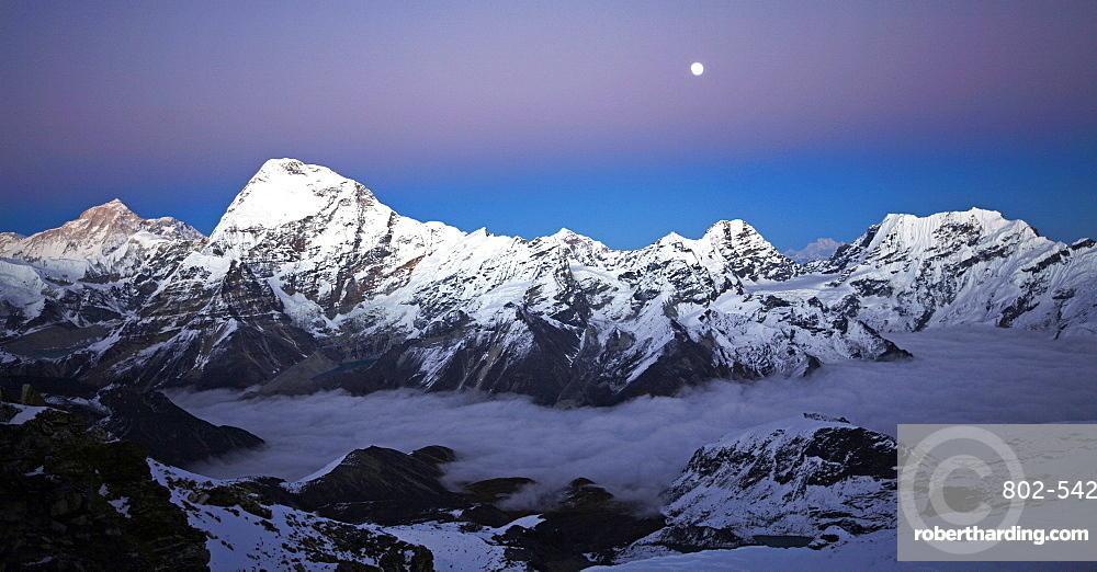 Makalu and Chamlang from Mera Peak, Khumbu, Himalayas, Nepal, Asia