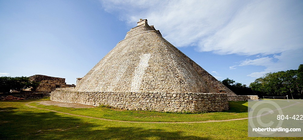 The Pyramid of the Magician, Uxmal, UNESCO World Heritage Site, Yucatan, Mexico, North America