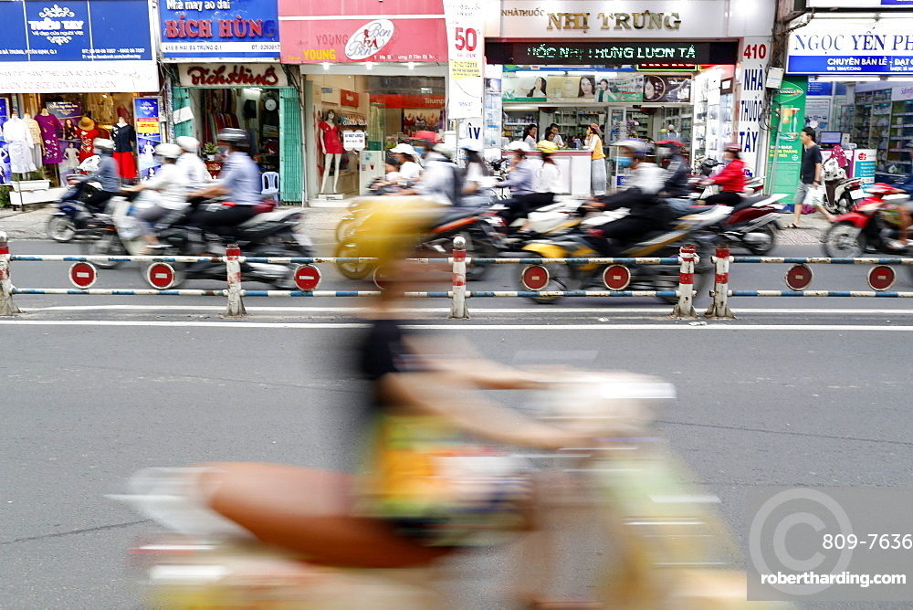 Motorbikes on the street, Ho Chi Minh City, Vietnam, Indochina, Southeast Asia, Asia