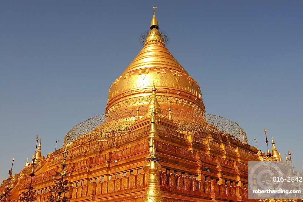 Shwe Zigon Paya, a golden temple in Bagan area, Myanmar, Asia