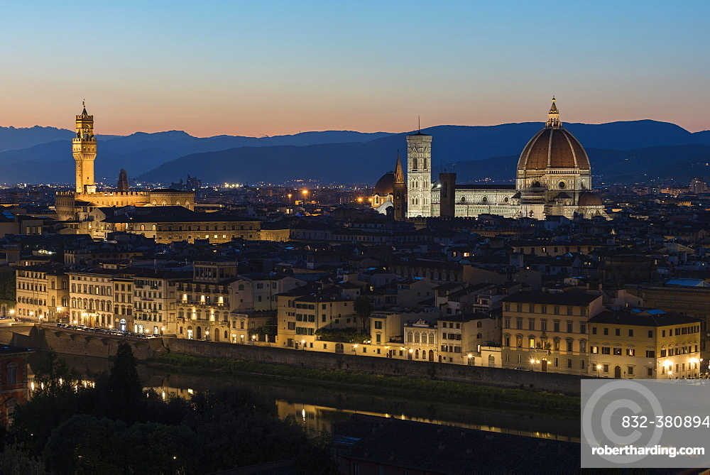 Panoramic view from Piazzale Michelangelo, cityscape at dusk with cathedral, Duomo Santa Maria del Fiore, Palazzo Vecchio, Florence, Tuscany, Italy, Europe