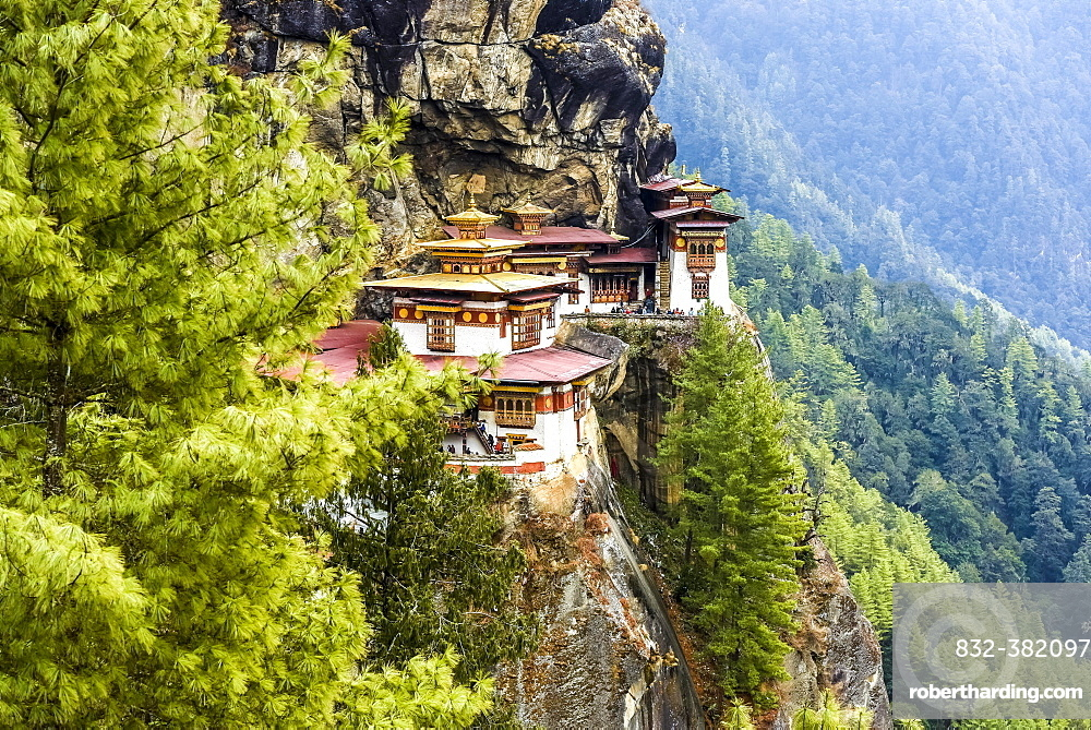 Buddhist tiger nest monastery Taktshang on steep rock face, Tiger's Nest, Paro District, Himalayas, Kingdom of Bhutan