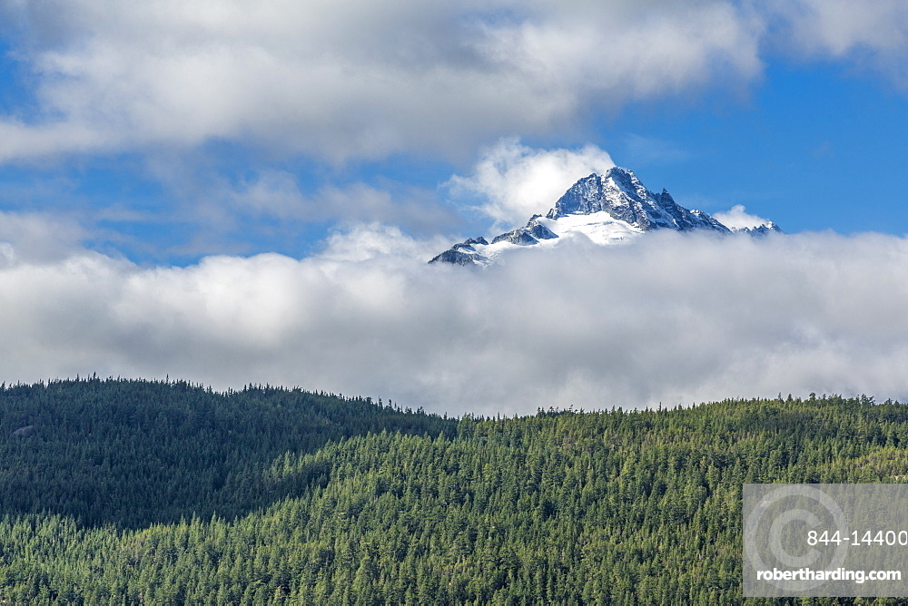 View of The Tsilxwm (Tantalus Mountain Range), British Columbia, Canada, North America