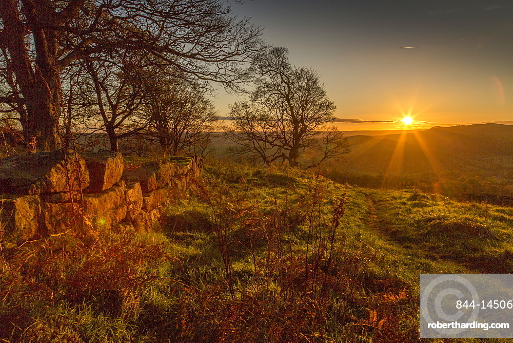 View of sunset from Baslow Edge, Baslow, Peak District National Park, Derbyshire, England, United Kingdom, Europe