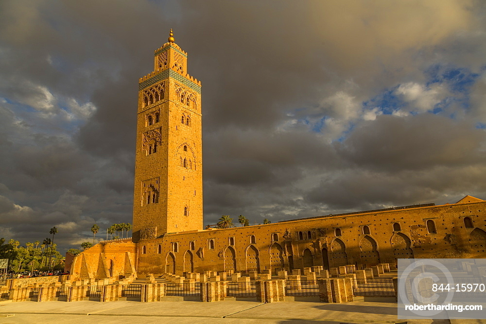 View of Koutoubia Mosque against stormy skies, UNESCO World Heritage Site, Marrakesh (Marrakech), Morocco, North Africa, Africa