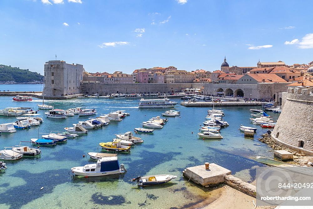 View of harbour, Dubrovnik Old Town and Adriatic Sea, Dubrvnik, Dalmatia, Croatia, Europe