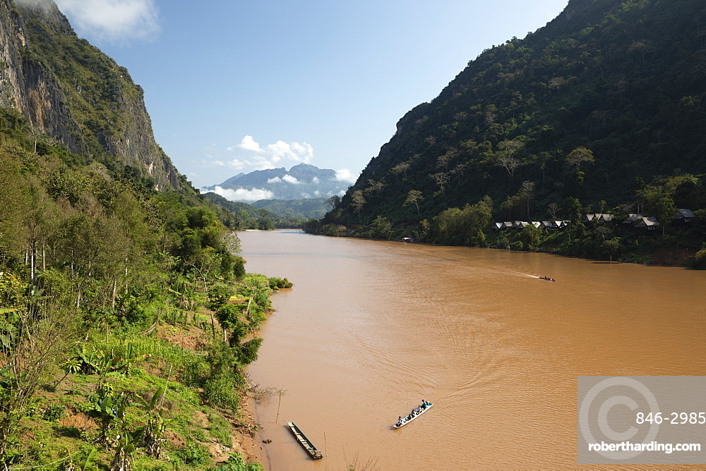 Nam Ou River looking north, Nong Khiaw, Muang Ngoi District, Luang Prabang Province, Northern Laos, Laos, Southeast Asia
