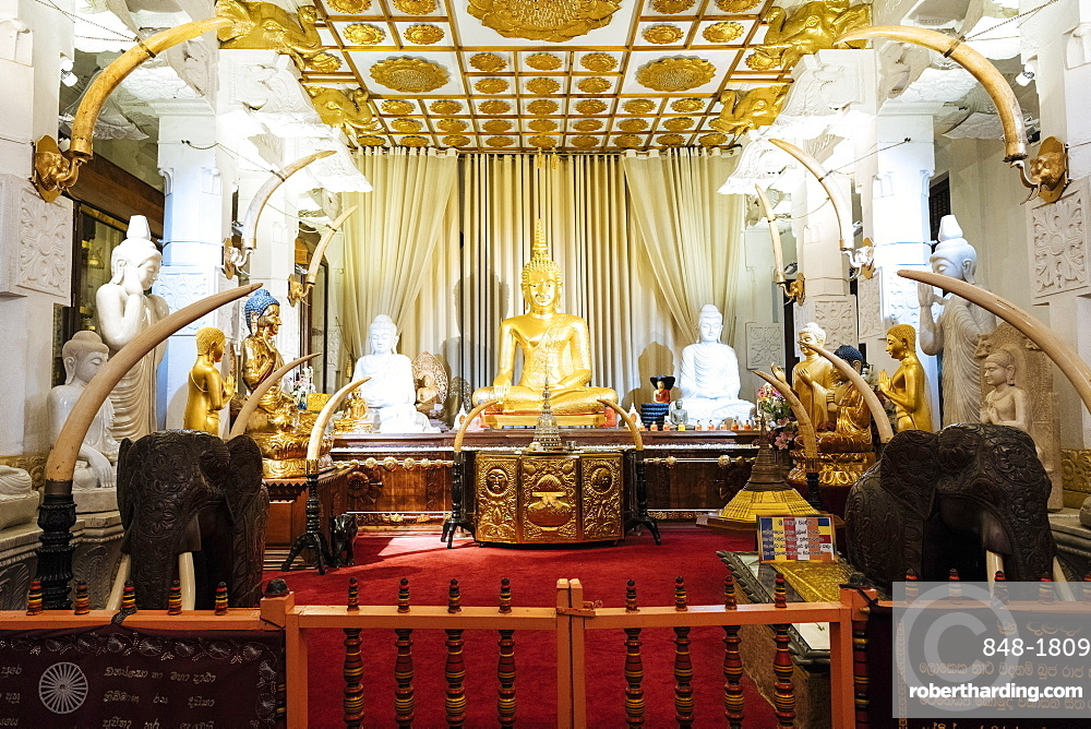 Temple of the Sacred Tooth Relic, Kandy, Central Province, Sri Lanka, Asia