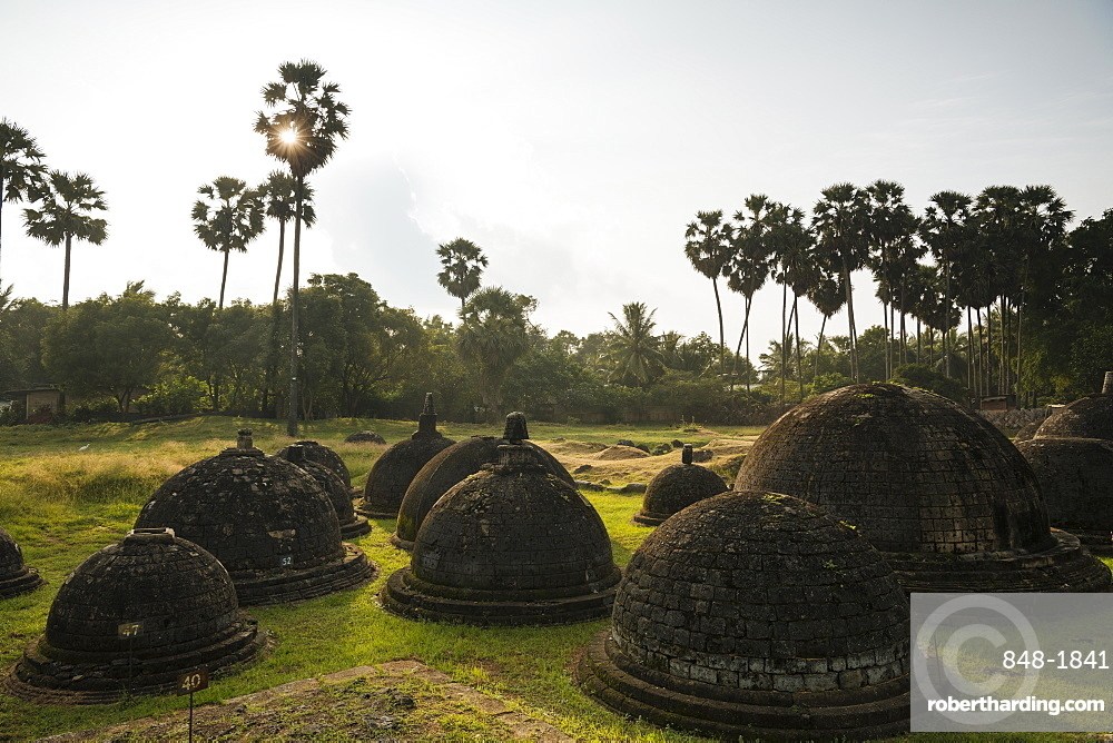 Kadurugoda Viharaya Buddhist Temple, Jaffna, Northern Province, Sri Lanka, Asia