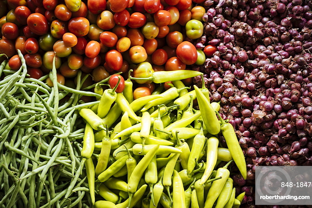 Vegetables on display in Jaffna Market, Jaffna, Northern Province, Sri Lanka, Asia
