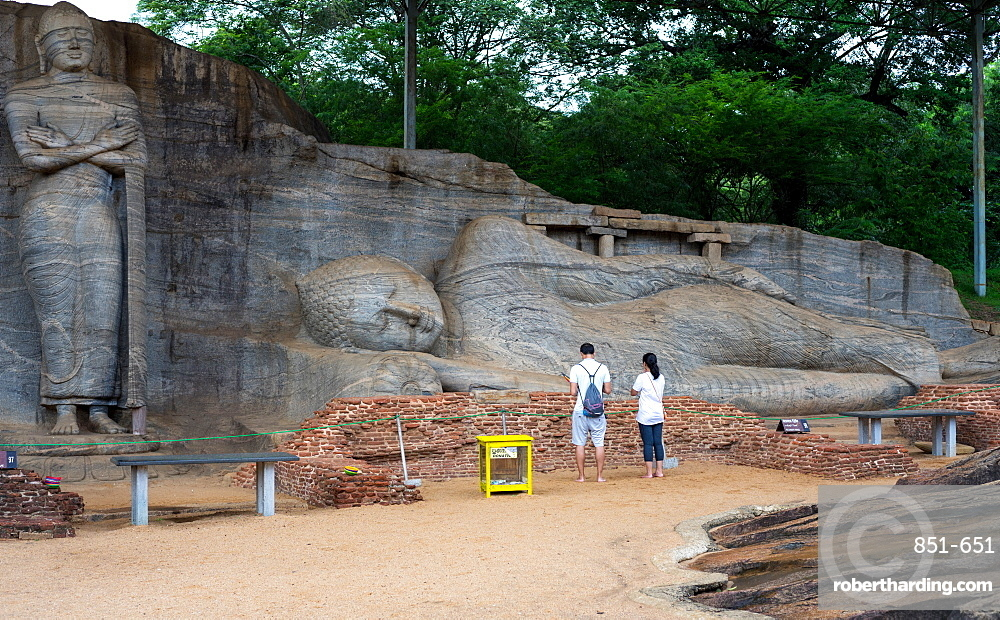 Buddha statues, Gal Vihara at Polonnaruwa, a UNESCO World Heritage Site in Sri Lanka, Asia