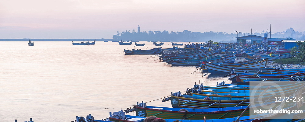 Fishing port near Varkala, Kerala, India, Asia