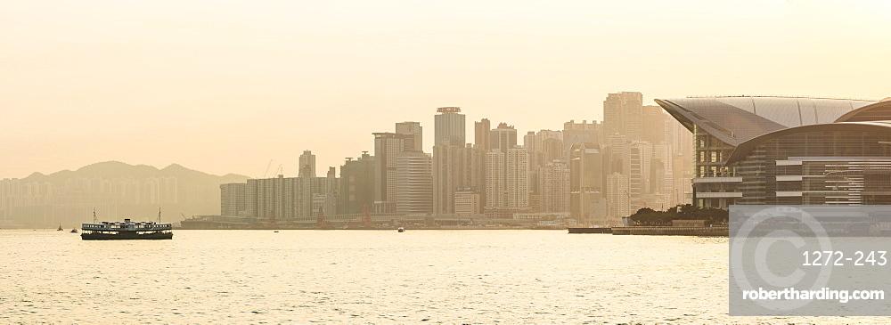Star Ferry in front of Hong Kong Island at sunset, Hong Kong, China, Asia