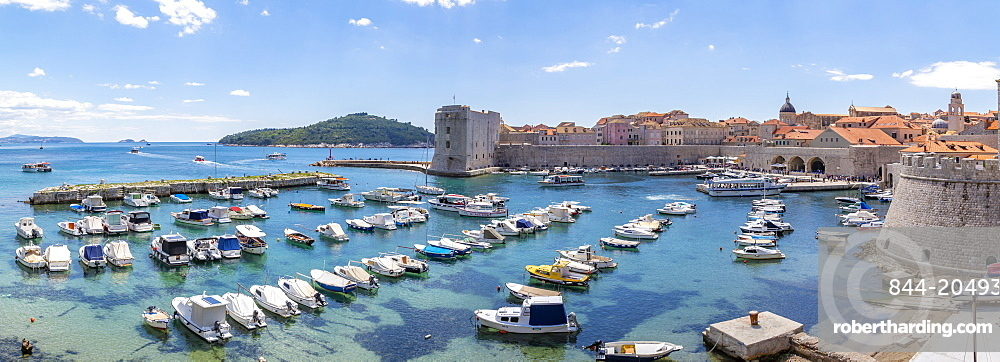 View of harbour, Dubrovnik Old Town and Adriatic Sea, Dubrvnik, Dalmatia, Croatia, Europe