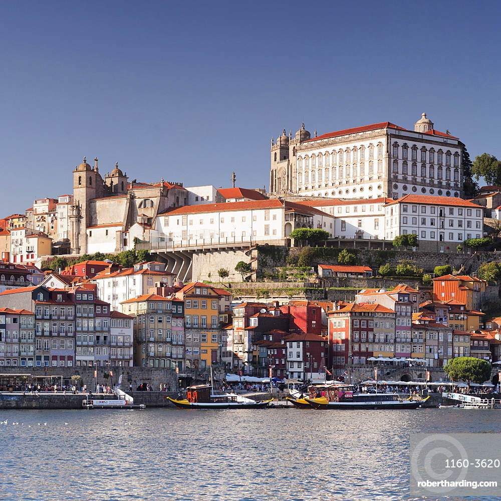 Ribeira District, UNESCO World Heritage Site, Se Cathedral, Palace of the Bishop, Porto, Portugal