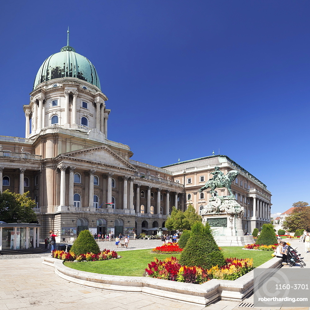 The Royal Palace, Buda Castle, UNESCO World Heritage Site, Budapest, Hungary, Europe