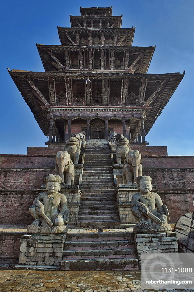 Nyatapola Siddhi Lakshmi Temple or Ngatapola Temple, Taumadhi Tole Square, Unesco World Heritage Site, Bhaktapur, Nepal