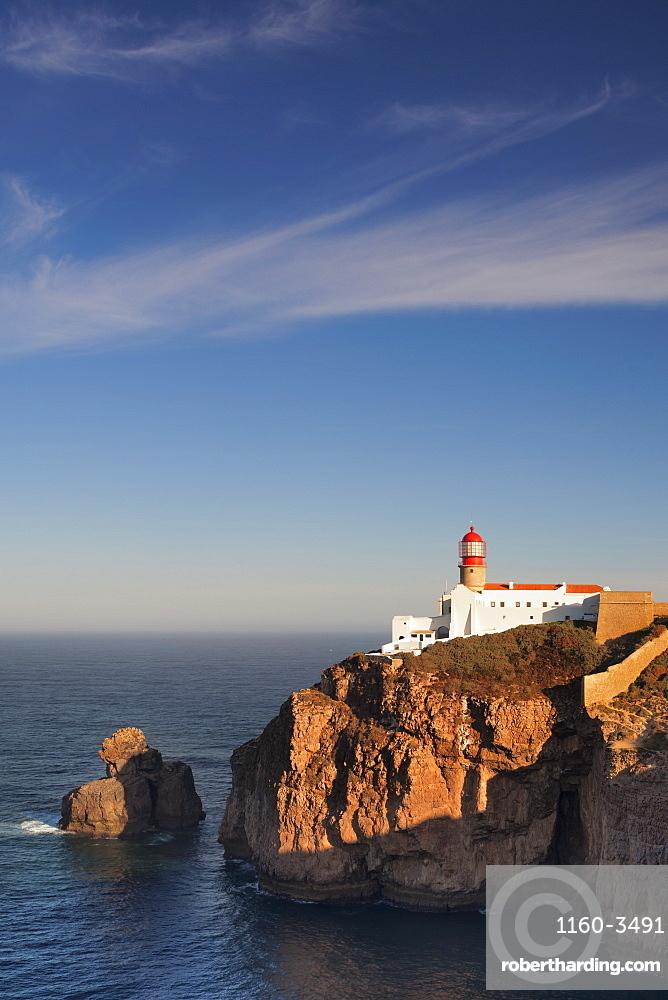 Lighthouse at sunrise, Cabo de Sao Vicente, Sagres, Algarve, Portugal, Europe