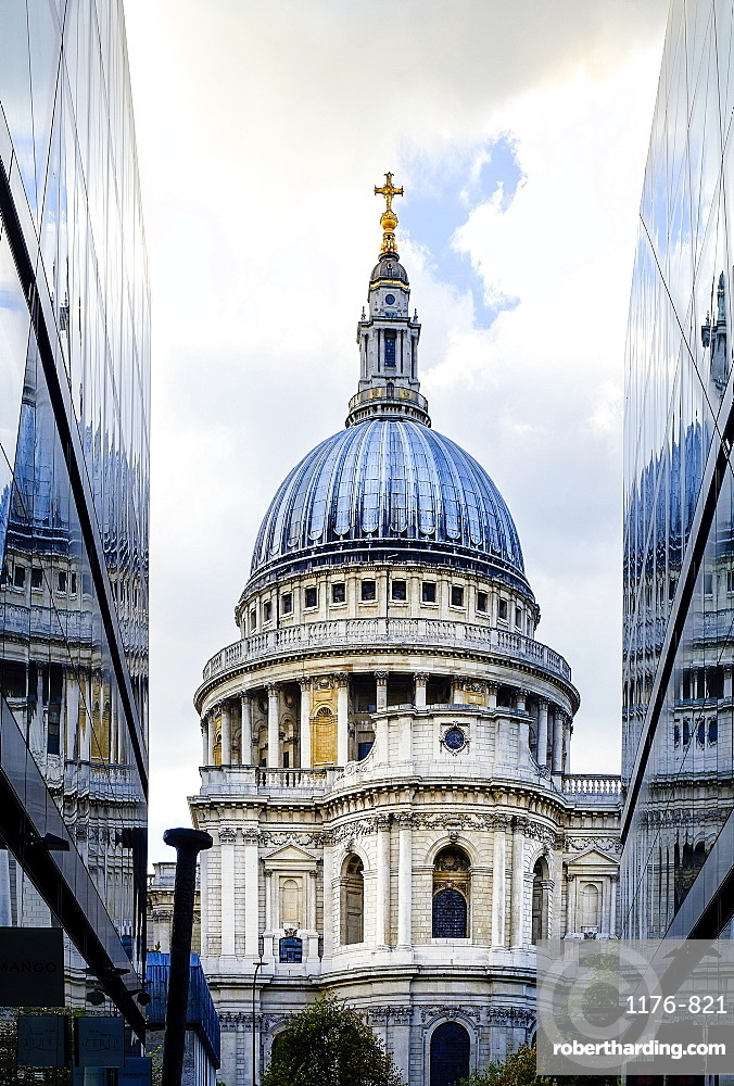St. Paul's Cathedral, from One New Change, City of London, London, England, United Kingdom, Europe