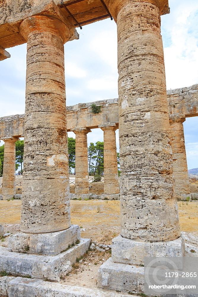 Columns of Temple of Segesta, Calatafimi, province of Trapani, Sicily, Italy, Europe