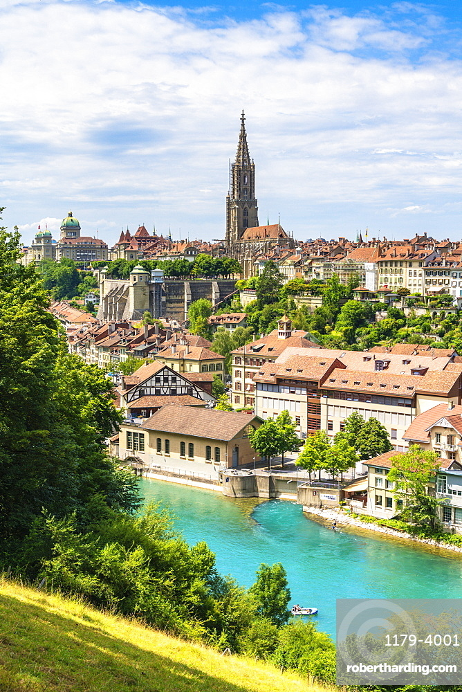 Aare River with Munster Cathedral and city centre in background, Bern, Canton Bern, Switzerland