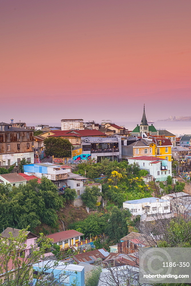 Sunset over the colourful buildings of Valparaíso, Chile