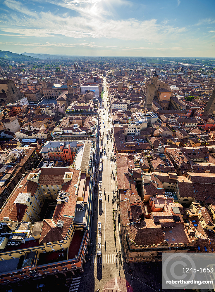 Via Rizzoli, elevated view from the Asinelli Tower, Bologna, Emilia-Romagna, Italy