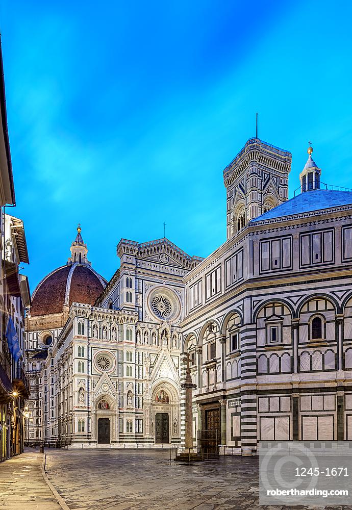 Santa Maria del Fiore Cathedral at dawn, Florence, Tuscany, Italy