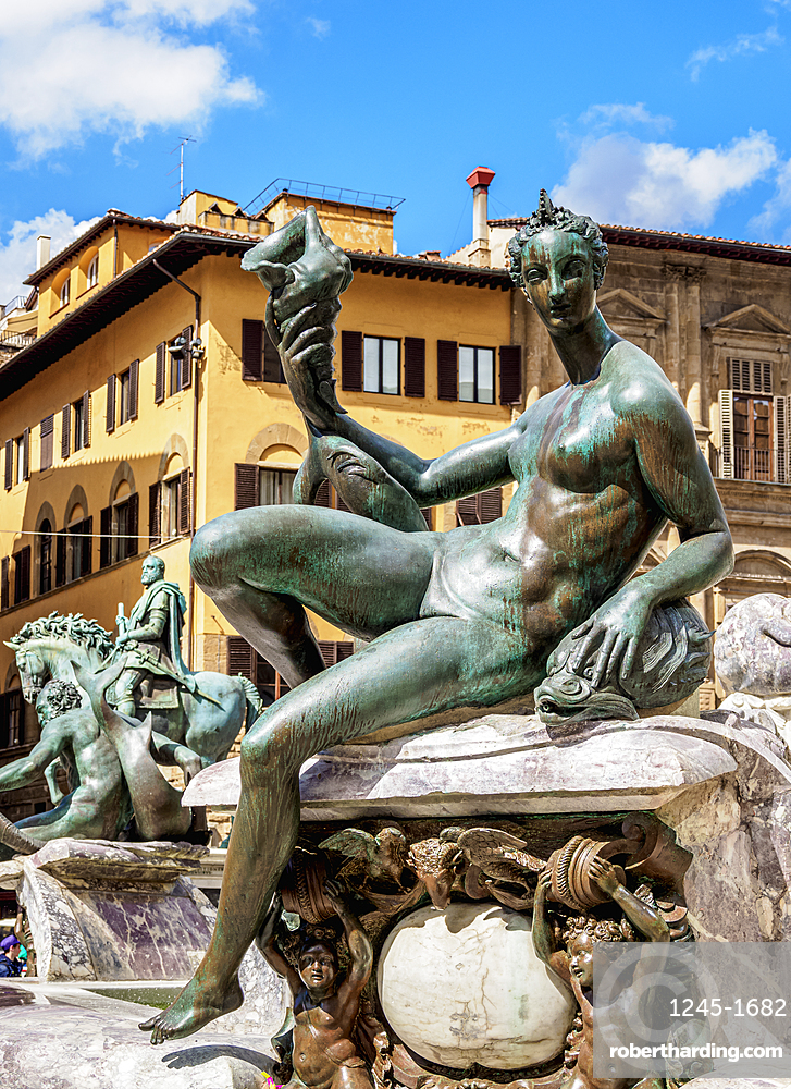 Fountain of Neptune, detailed view, Piazza della Signoria, Florence, Tuscany, Italy