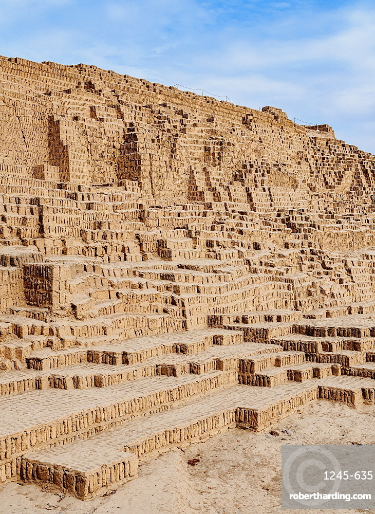 Huaca Pucllana Pyramid, Miraflores District, Lima, Peru, South America