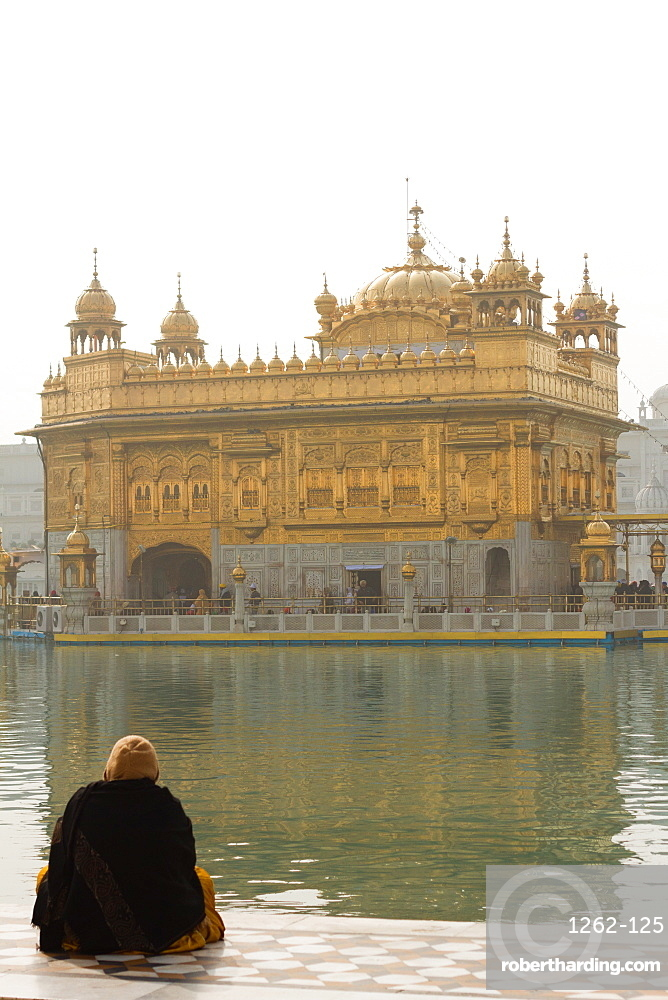 Devotee of the Golden Temple, Amritsar, the Punjab, India