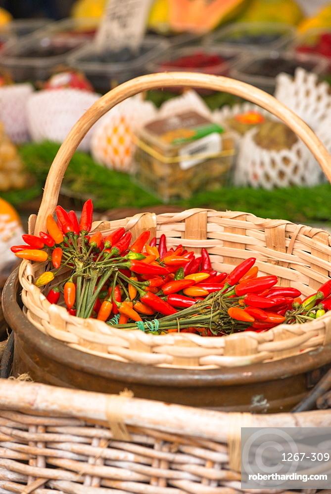 Chilli peppers on display at Campo de Fiori Market, Rome, Lazio, Italy, Europe