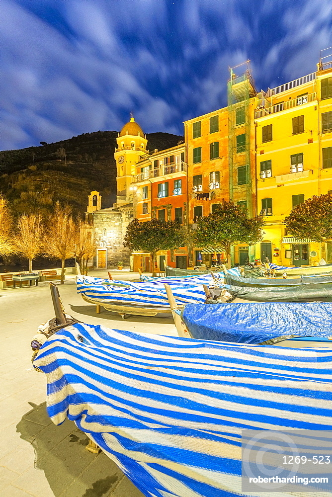 Traditional boats with the church of Vernazza in the background, Cinque Terre, UNESCO World Heritage Site, Liguria, Italy, Europe
