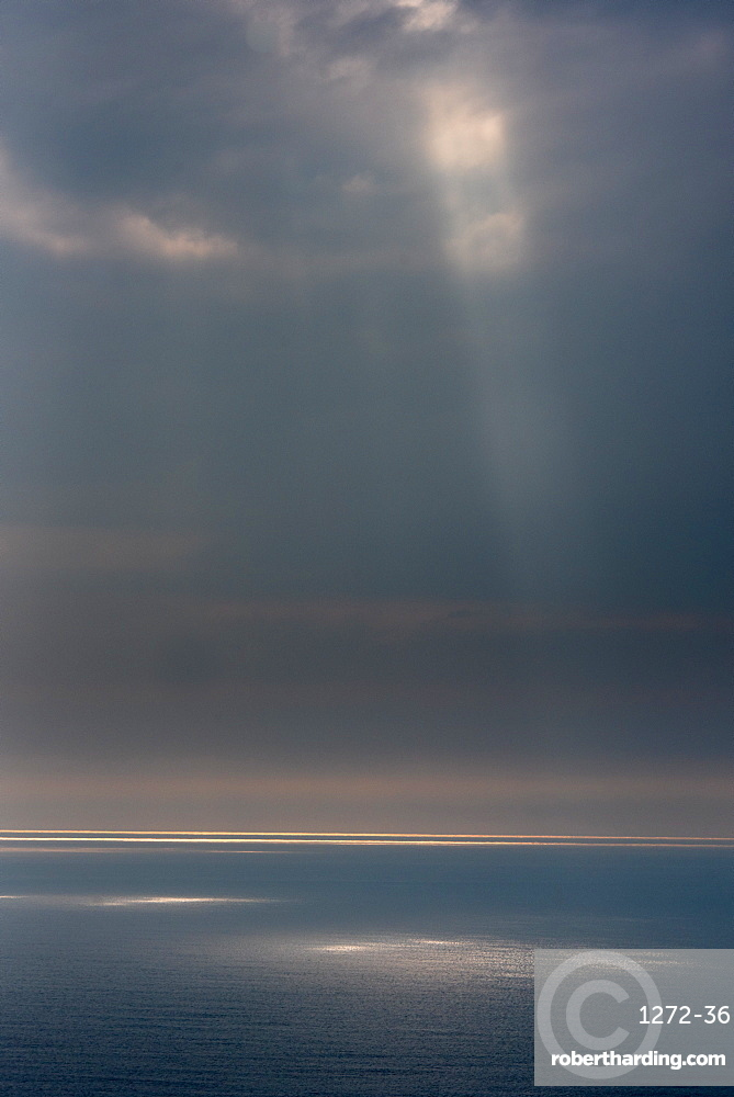 Sunlight, Atlantic Ocean, Northern Ireland, United Kingdom, Europe