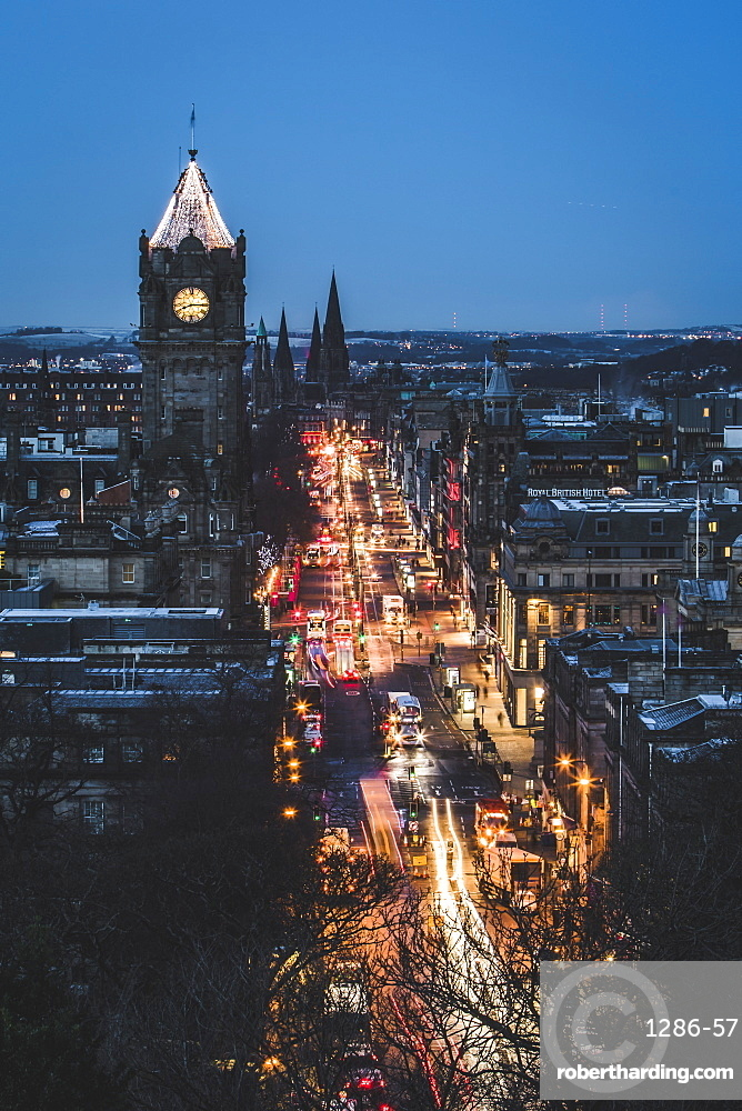 Princes Street at dusk, Edinburgh, Lothian, Scotland, United Kingdom, Europe
