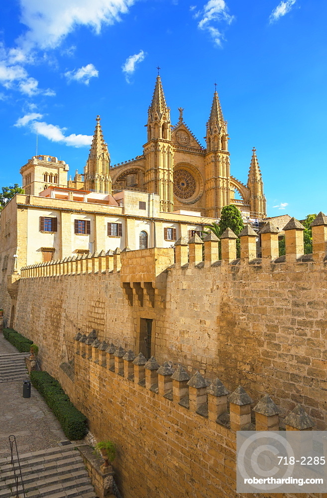 La Seu Cathedral, Palma de Mallorca, Mallorca (Majorca), Balearic Islands, Spain, Europe