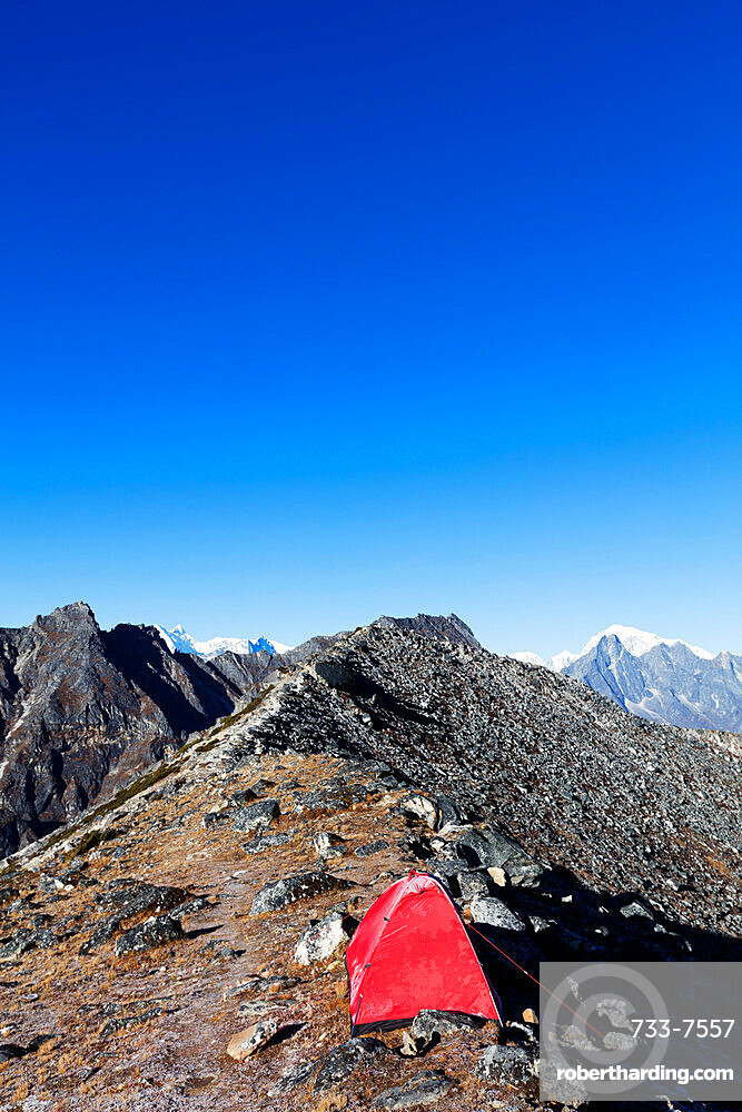 Tent pitched on Ama Dablam, Sagarmatha National Park, UNESCO World Heritage Site, Khumbu Valley, Nepal, Himalayas, Asia
