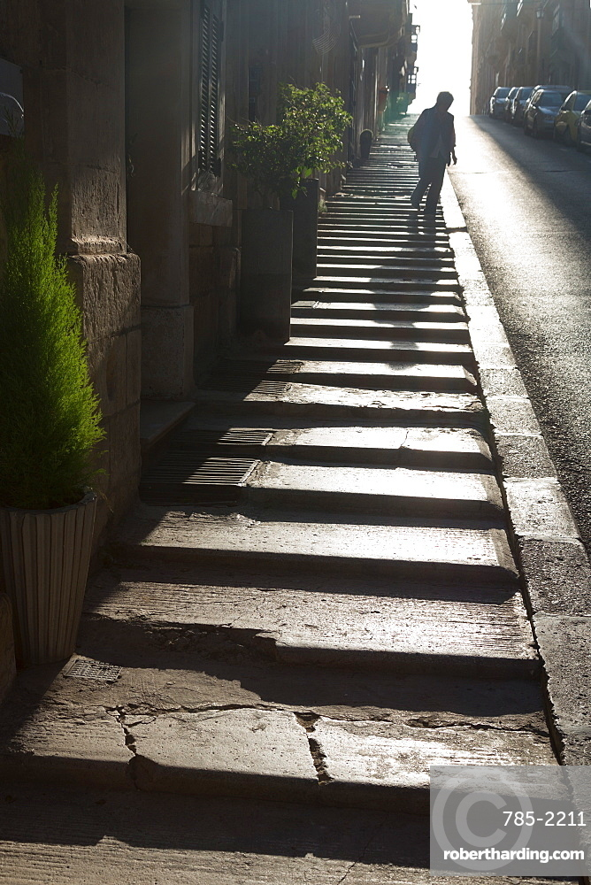 Steps on the steep Trip Ir Repubblika street in old town Valletta, UNESCO World Heritage Site and European Capital of Culture 2018, Valletta, Malta, Mediterranean, Europe