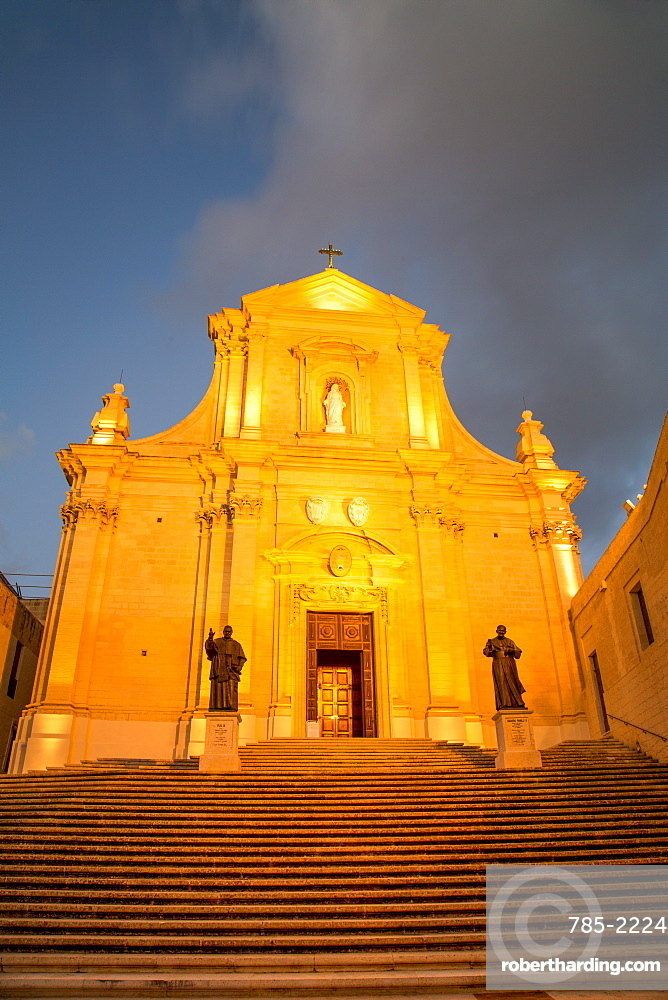 The Catedral de Rabat at night in the ancient citadel of Victoria (also known as Rabat) in the heart of Gozo