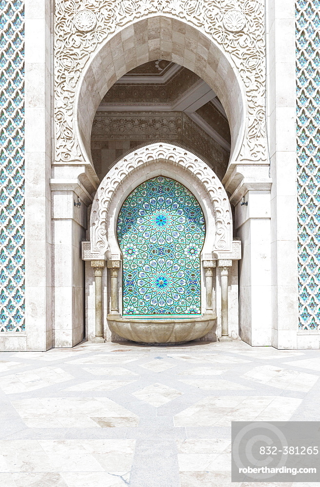 Decorated exterior wall, fountain with mosaic and ornament, Hassan II mosque, Grande Mosquée Hassan II, Moorish architecture, Casablanca, Morocco, Africa