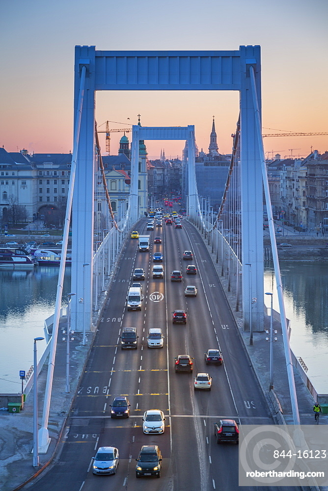 View of Elisabeth Bridge and Danube River at sunrise on winter morning, Budapest, Hungary, Europe