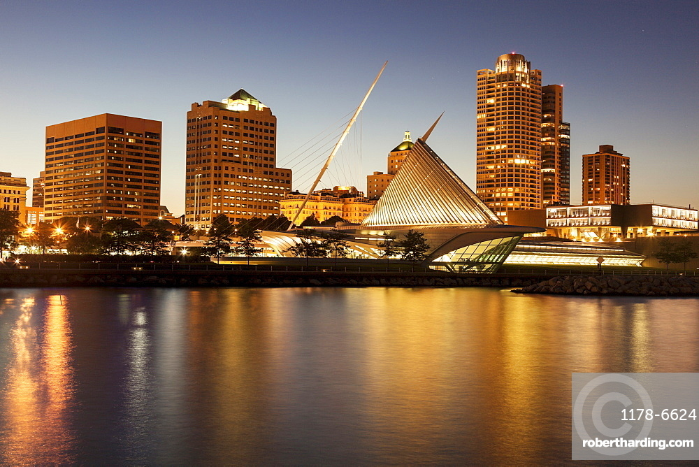 Skyline at dusk, Milwaukee, Wisconsin