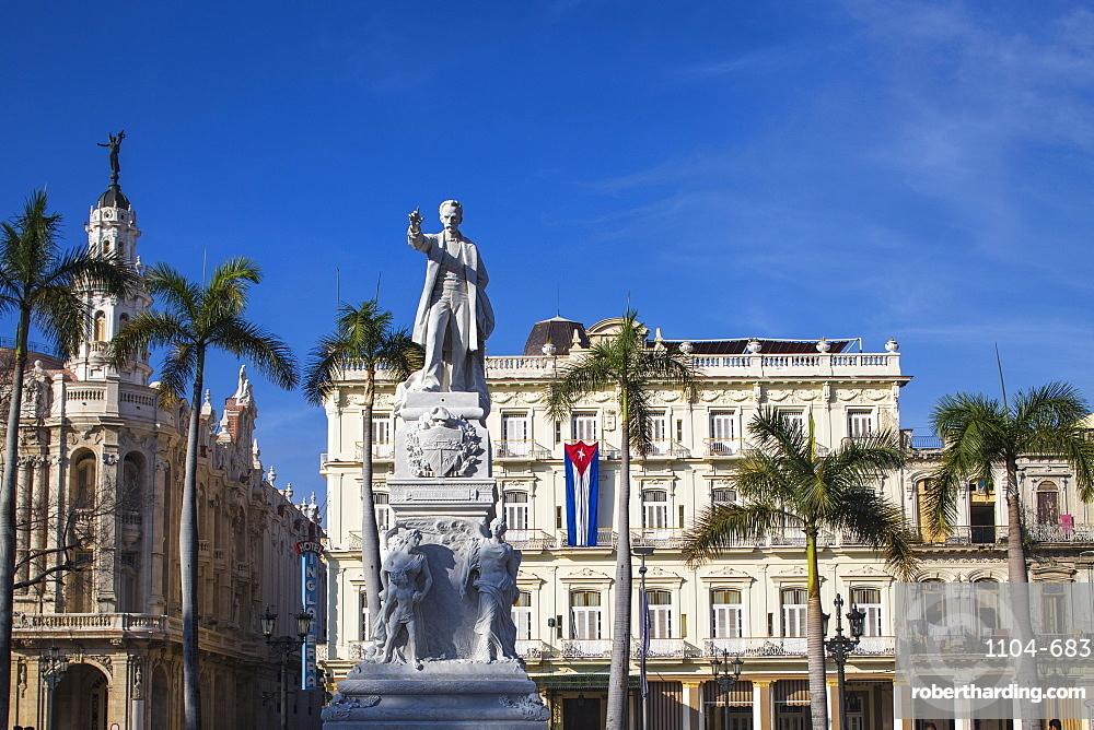 Gran Teatro de la Habana (Grand Theatre), Parque Central, Havana, Cuba, West Indies, Central America