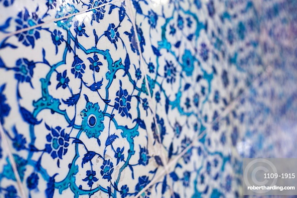 Traditional blue Turkish tiles at Topkapi Palace, UNESCO World Heritage Site, Istanbul, Turkey, Europe