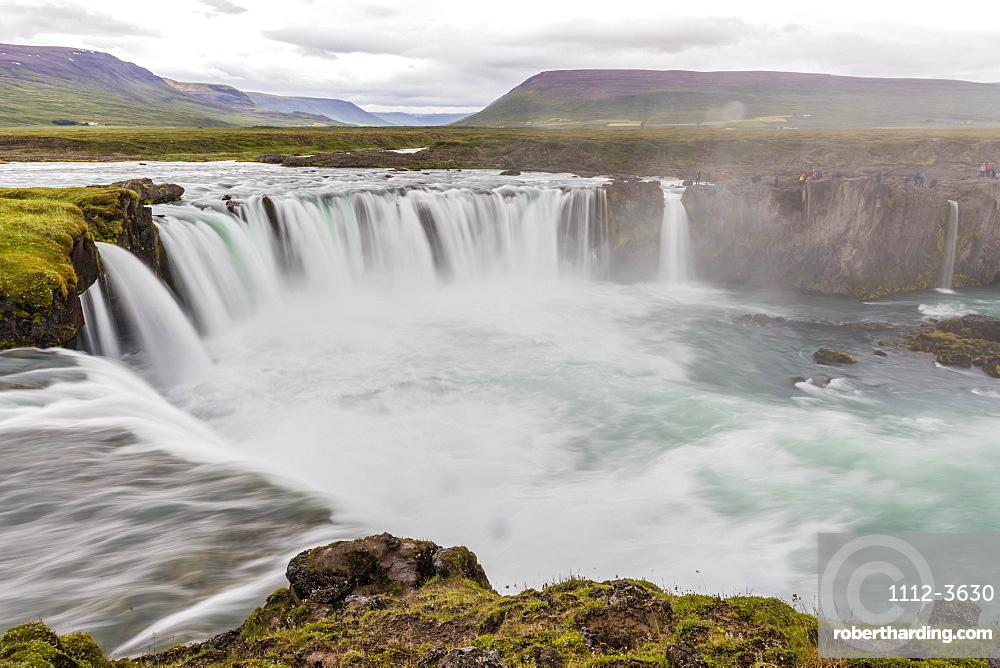 Gooafoss (Waterfall of the Gods), Skalfandafljot River, Baroardalur district, Iceland, Polar Regions