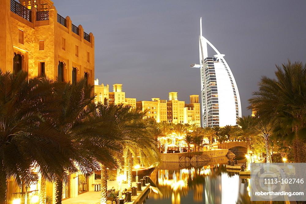 Madinat Jumeirah, luxury resort at Jumeirah beach, like a town with Arabian flair with markets, hotel, resort, luxury, Dubai, United Arab Emirates